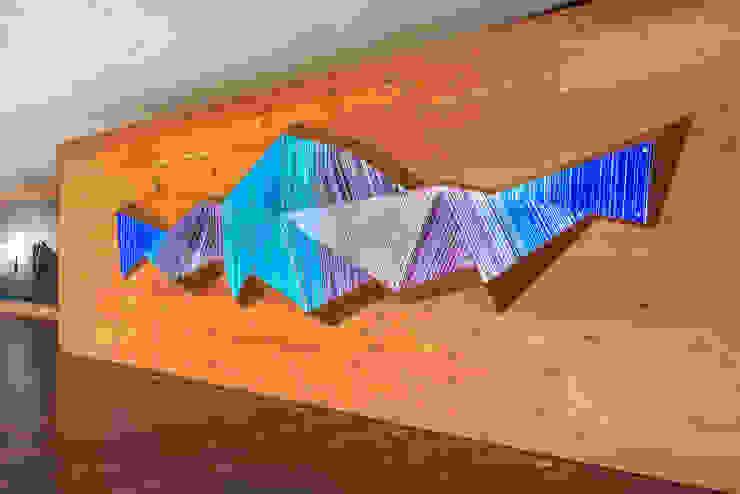 Three Dee de Studio Orfeo Quagliata Moderno Vidrio