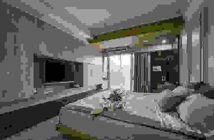 Modern style bedroom by 匯羽設計 / Hui-yu Interior design Modern