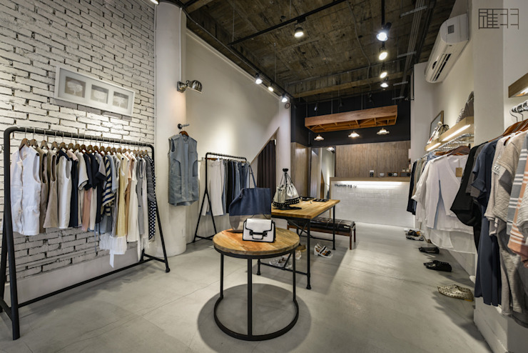 商空 │ Humming:u 正韓服飾 根據 匯羽設計 / Hui-yu Interior design 北歐風
