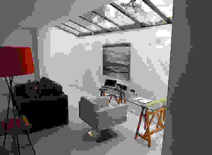 Extension at Sneyd Park, Bristol من Richard Pedlar Architects حداثي