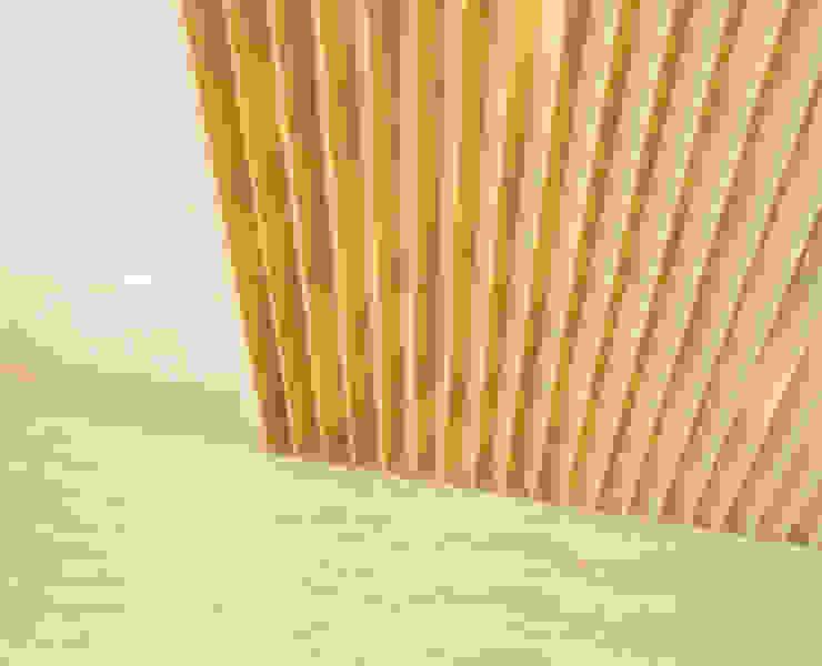 Zona de Acesso às Salas de Tratamento - Pormenor de Revestimento de Parede Clínicas modernas por MUDE Home & Lifestyle Moderno