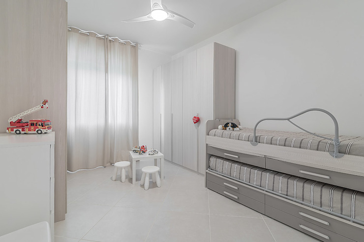 Bedroom by Facile Ristrutturare, Minimalist