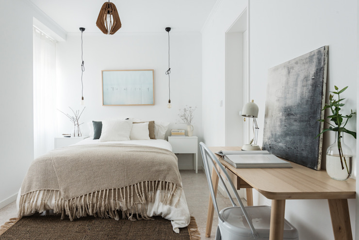 Scandinavian style bedroom by Arkstudio Scandinavian