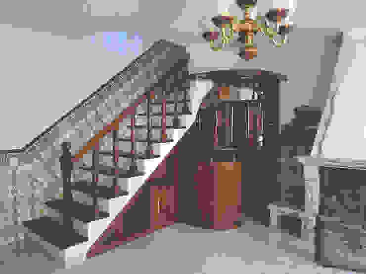 Vão de escadas - Antes por HC Construções