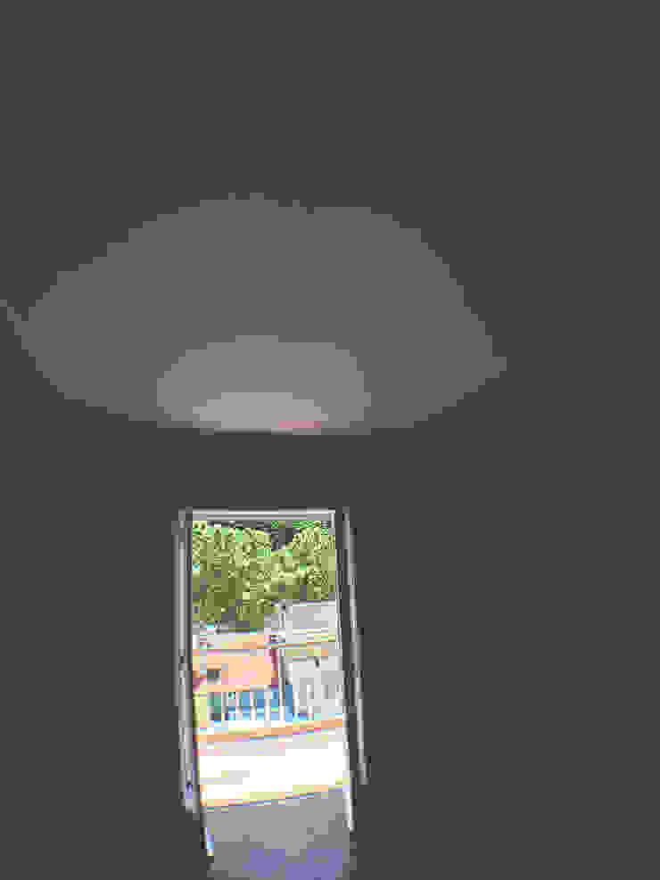 Reabilitação de apartamento na Rua Antero de Quental por HC Construções