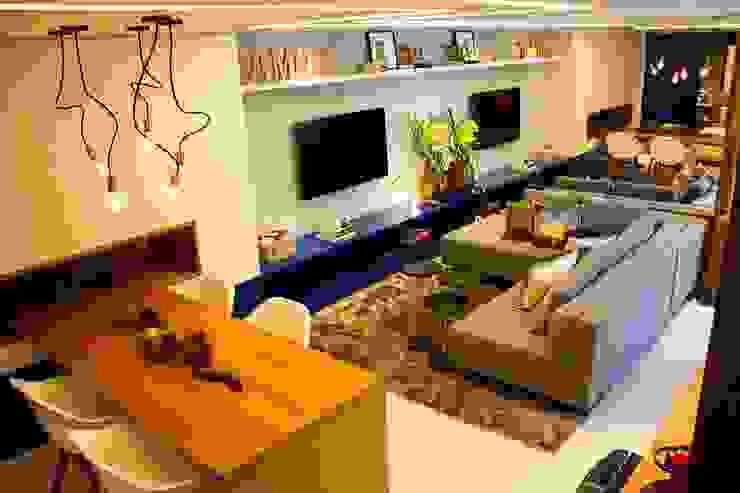Salas modernas de A MARCENARIA Moderno
