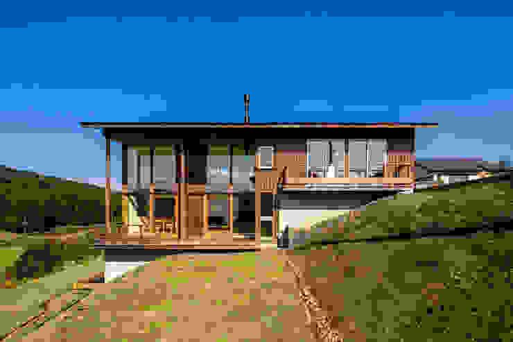 Case eclettiche di 中山大輔建築設計事務所/Nakayama Architects Eclettico