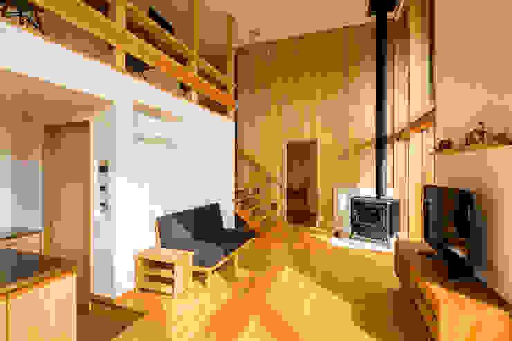 โดย 中山大輔建築設計事務所/Nakayama Architects ผสมผสาน