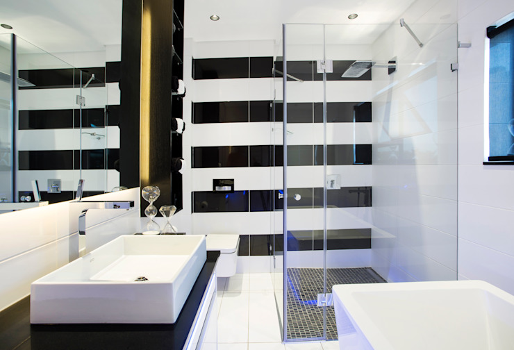 FRANCOIS MARAIS ARCHITECTS Modern style bathrooms
