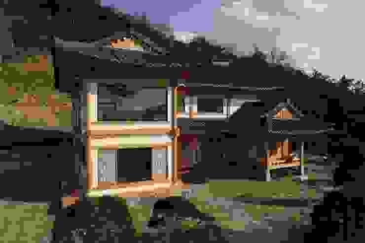 Дома в . Автор – Daehan Housing, Азиатский