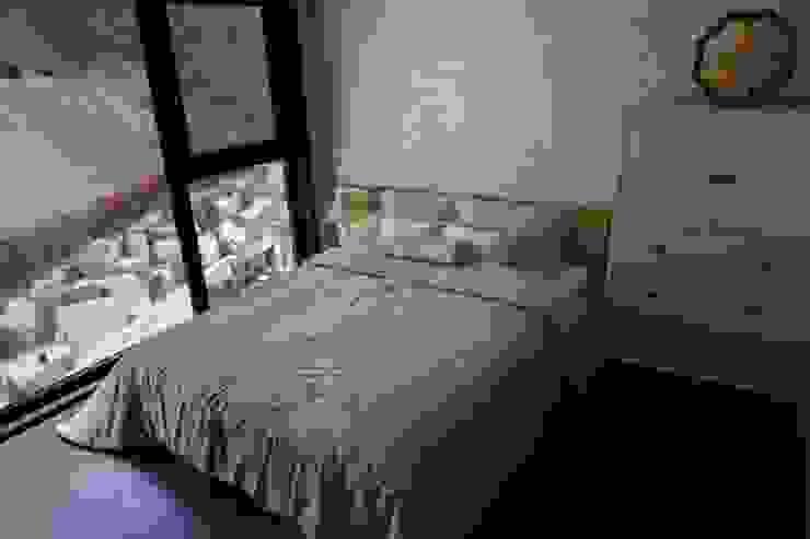 전통한옥, 현대와 만나다 아시아스타일 침실 by Daehan Housing 한옥