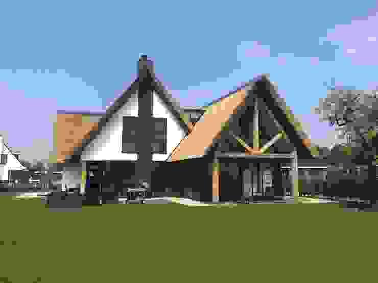 Rumah by Bongers Architecten