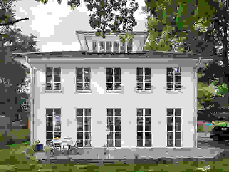 Villa Maurive Klassische Häuser von Müllers Büro Klassisch