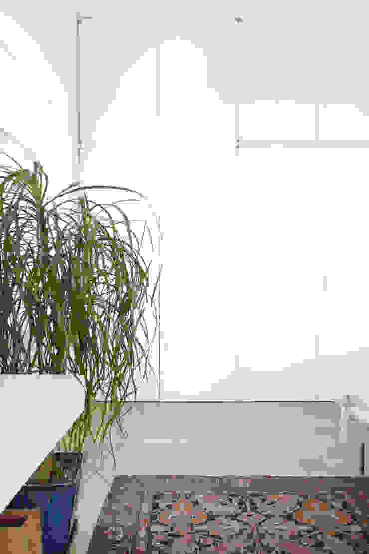 Chelsea Loft Modern Bedroom by Maletz Design Modern