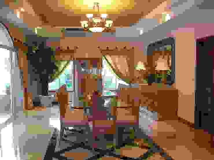 CASA AMARILLA / YELLOW HOUSE Comedores eclécticos de SG Huerta Arquitecto Cancun Ecléctico Mármol