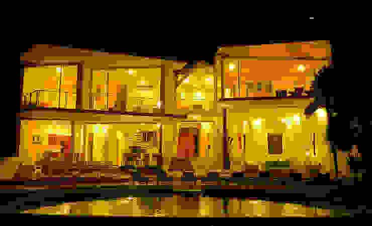 VILLA GAUGUIN Casas modernas de SG Huerta Arquitecto Cancun Moderno Vidrio