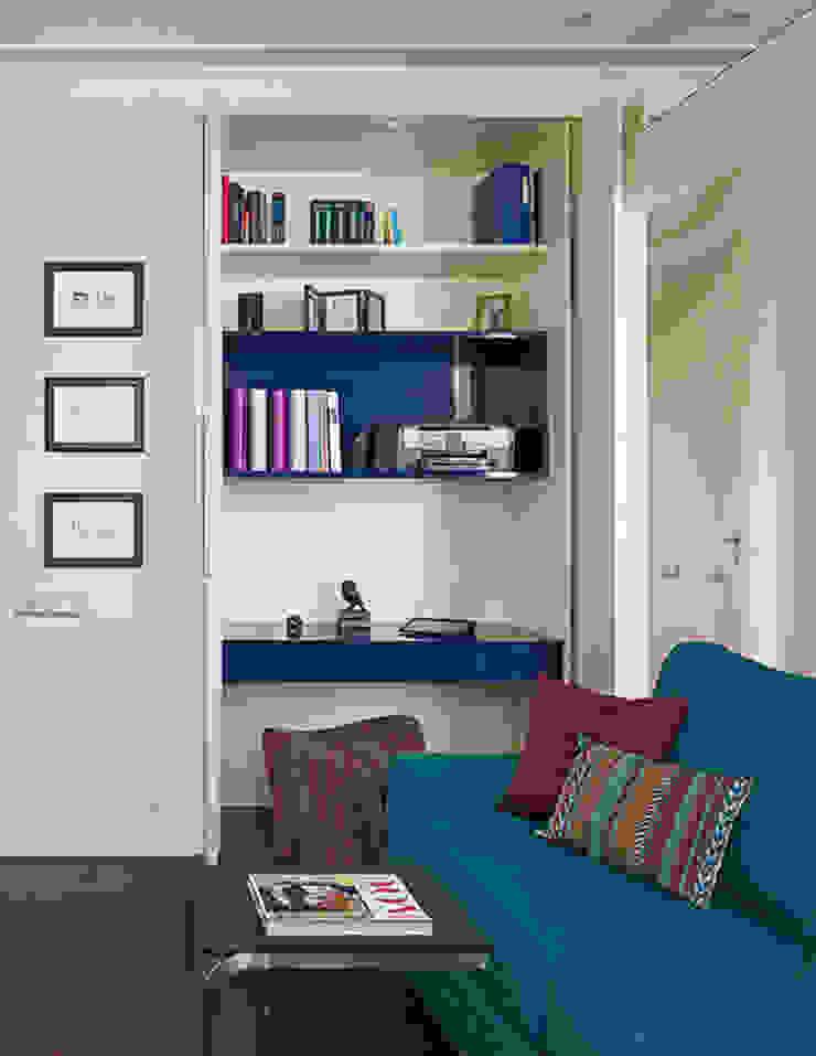 Marina Pennie Design&Art Study/office Blue