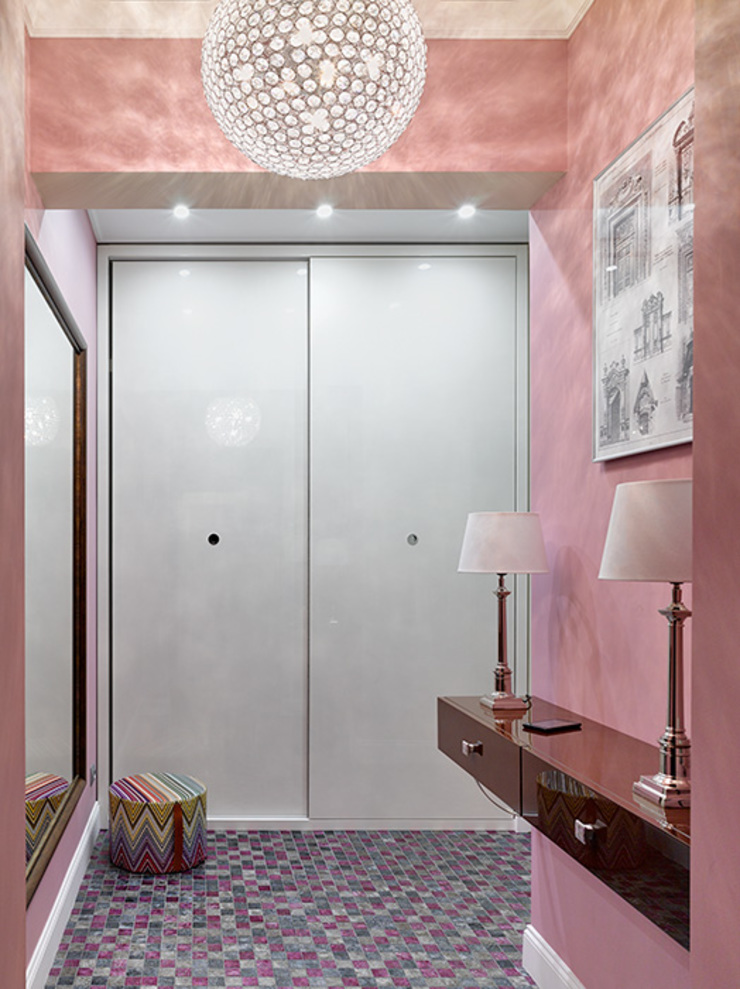 Marina Pennie Design&Art Eclectic style corridor, hallway & stairs Pink