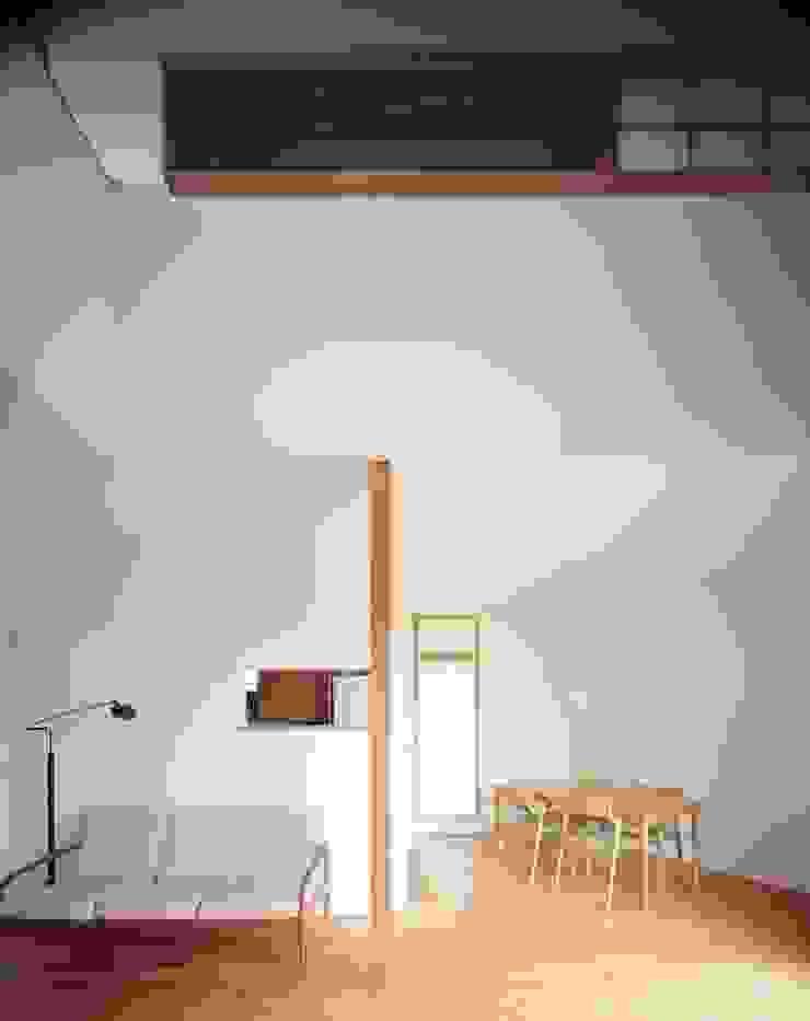 有限会社 アンドウ・アトリエ Eclectic style dining room