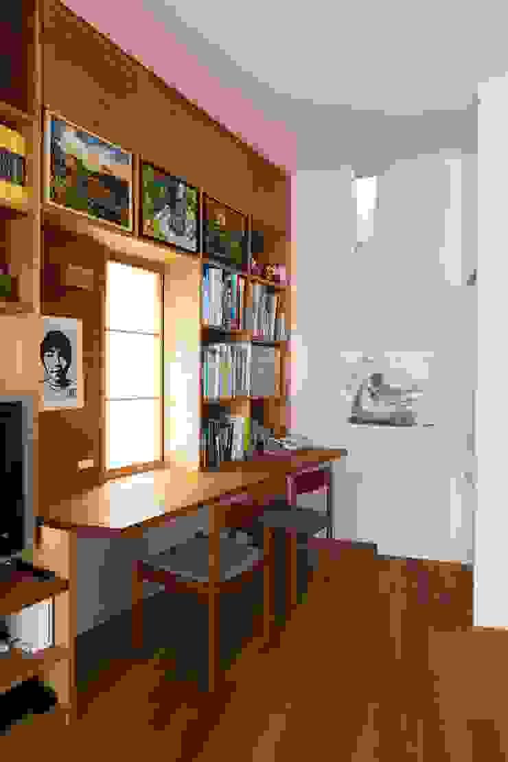 有限会社 アンドウ・アトリエ Eclectic style media room