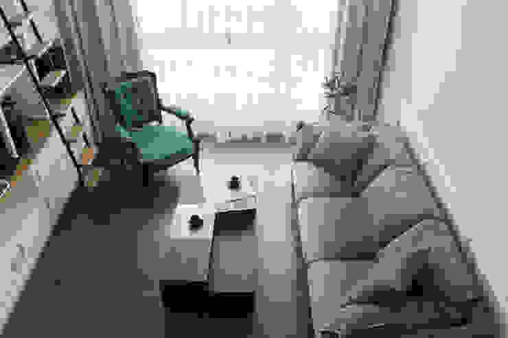 Living room by THE ORIGIN 元典設計