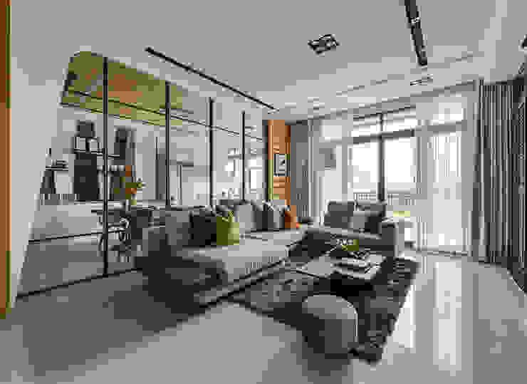 光度與空間: 現代  by 皇室空間室內設計, 現代風