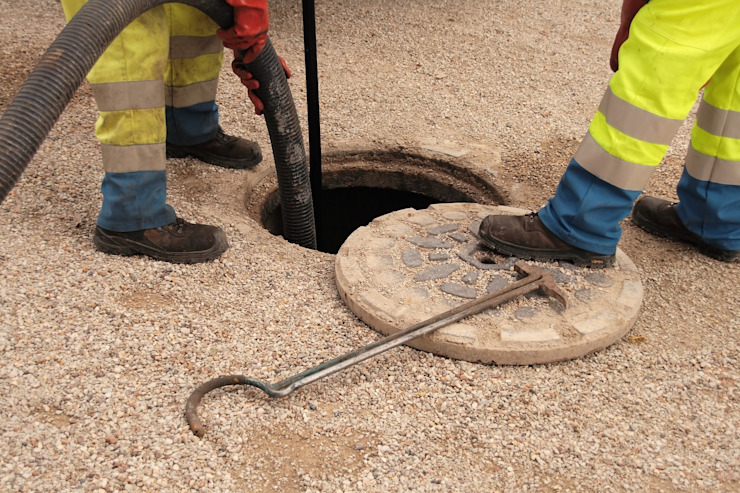 Unblocking Drains by Plumbers Johannesburg