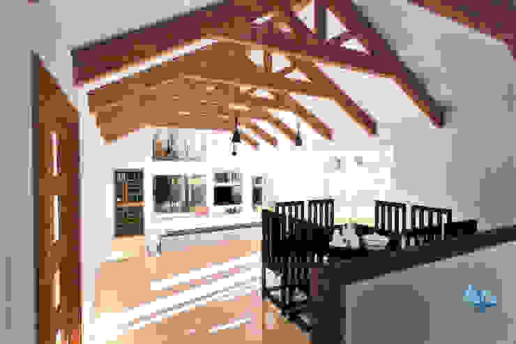 Comedor Comedores de estilo moderno de NidoSur Arquitectos - Valdivia Moderno