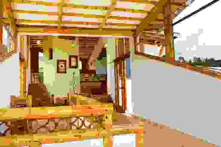 detalles acabados interiores guadua Zuarq. Arquitectos SAS Balcones y terrazasAccesorios y decoración Bambú Acabado en madera