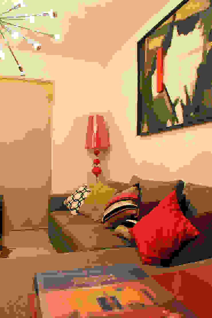 Diseño interior Sala 2 de Constructora Asvial - Desarrollador Inmobiliario Moderno Compuestos de madera y plástico