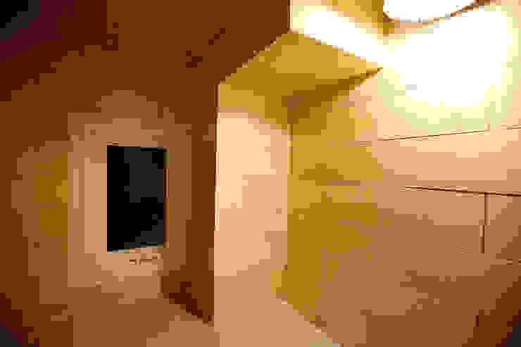 아지트 내부 모던스타일 미디어 룸 by inark [인아크 건축 설계 디자인] 모던 우드 우드 그레인