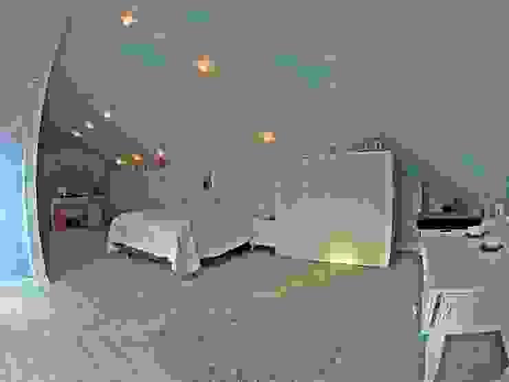 Damla SABUNCU Modern Kid's Room Wood White