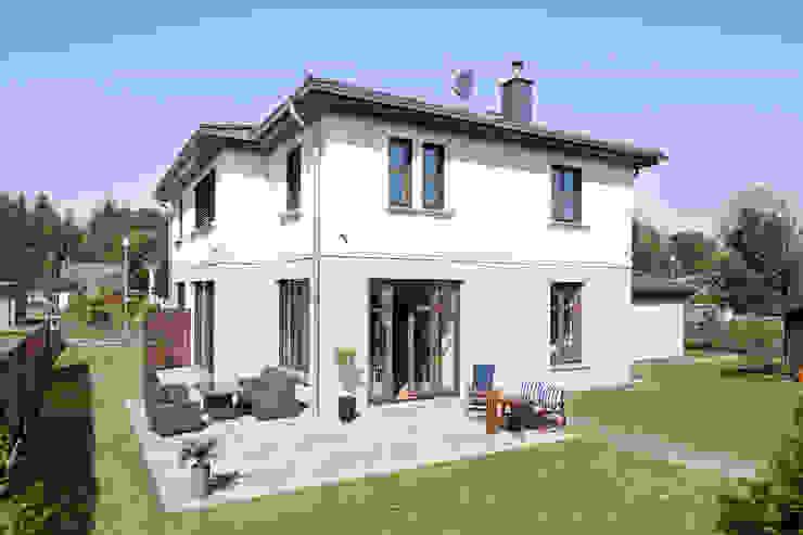 Haus Rangsdorf Klassische Häuser von Müllers Büro Klassisch
