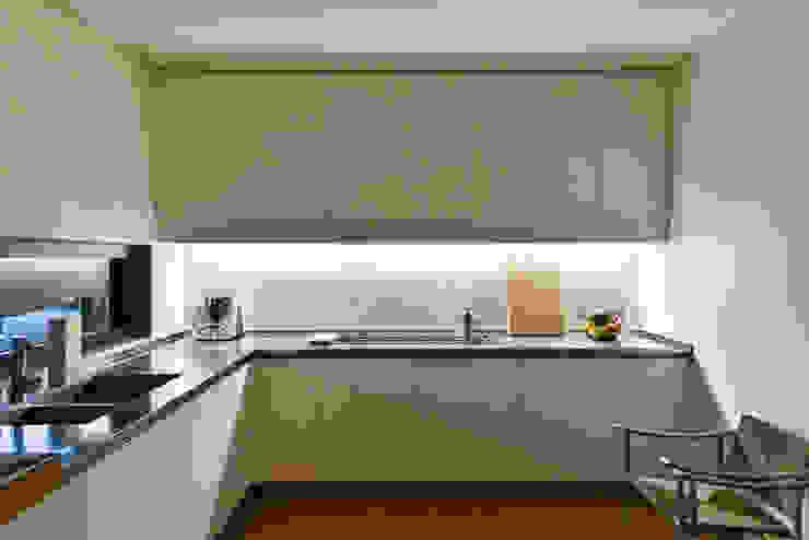 Cocinas modernas de Claude Petarlin Moderno
