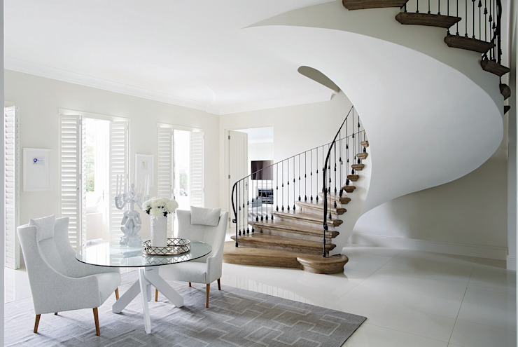 Hyde Park Elegance Classic style corridor, hallway and stairs by Generation Classic