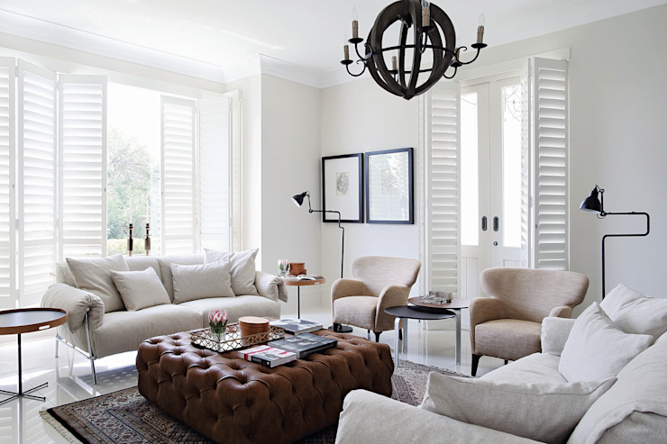 Hyde Park Elegance:  Living room by Generation, Classic