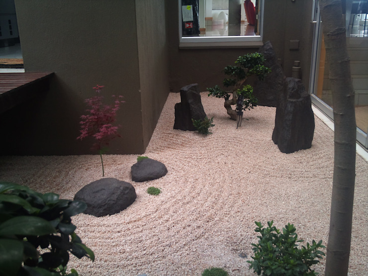 Garden by Japanese Garden Concepts, Asian