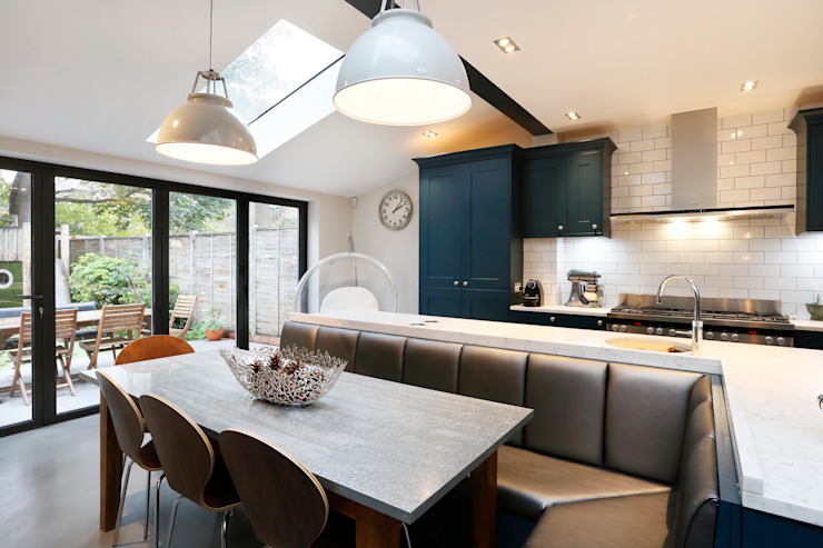 Balham SW12 Hyde Farm Estate Modern kitchen by Clara Bee Modern
