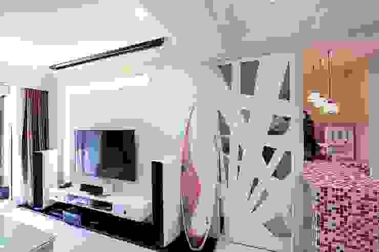 Wohnzimmer im Landhausstil von 微自然室內裝修設計有限公司 Landhaus