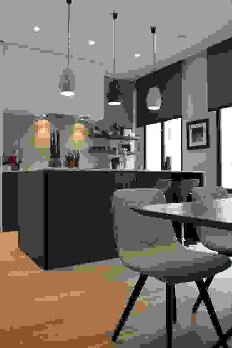 Stadswoning in hartje Antwerpen Scandinavische keukens van Lento Interiors Scandinavisch