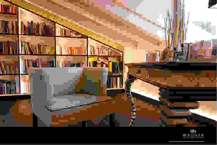 Salas multimedia de estilo moderno de Wagner Möbel Manufaktur Moderno