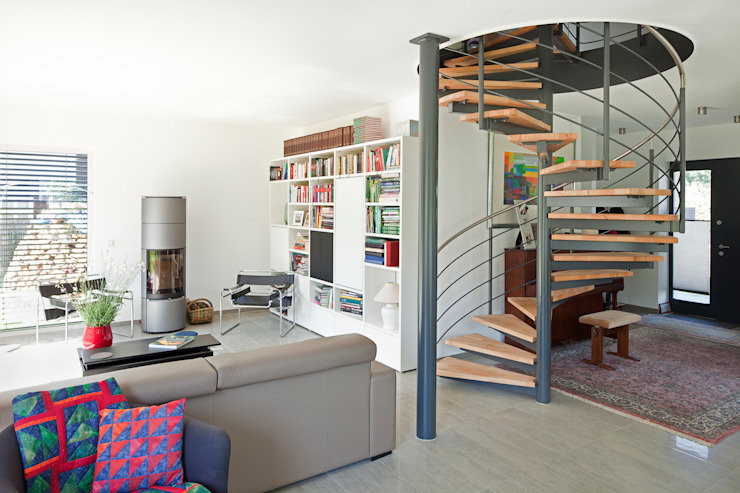 Коридор, прихожая и лестница в классическом стиле от Müllers Büro Классический