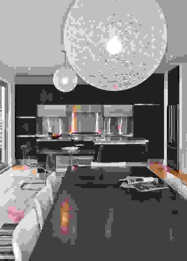 Lighthouse Modern kitchen by Linebox Studio Modern
