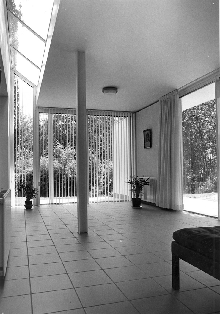 Modern Living Room by Voets Architectuur en Stedenbouw Modern