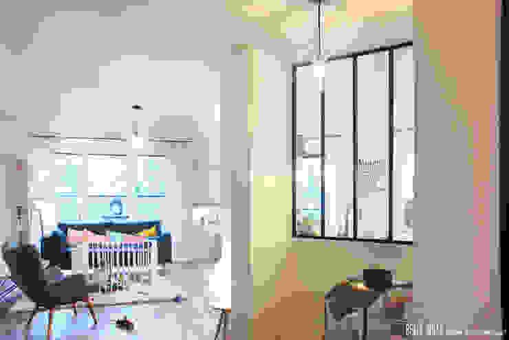 Pasillos y vestíbulos de estilo  por Belle Ville Atelier d'Architecture