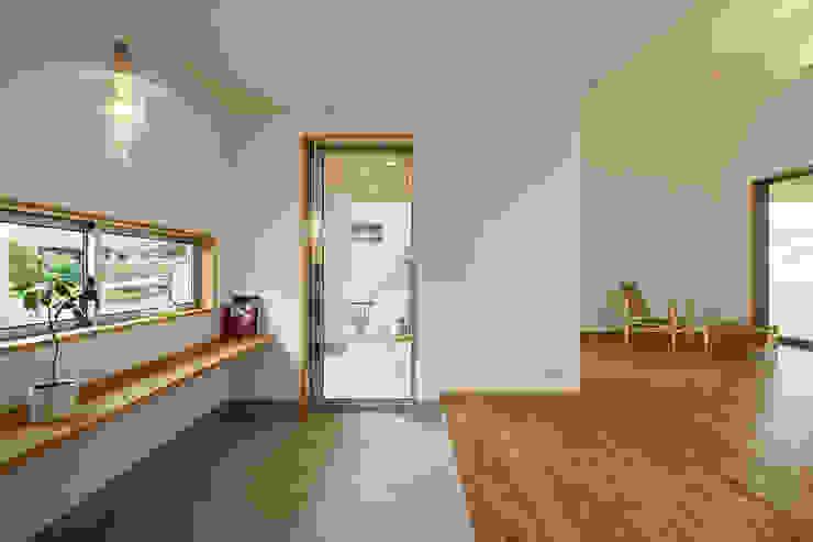 豊田市 生駒町の家 株式会社kotori モダンデザインの リビング