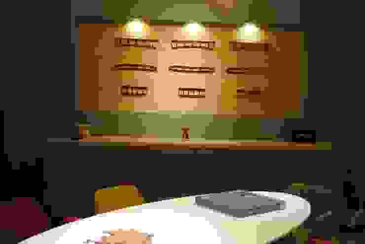 Ziynet Mobilya Dekorasyon San. Tic. Ltd. Şti. – ofis toplantı masası: modern tarz , Modern