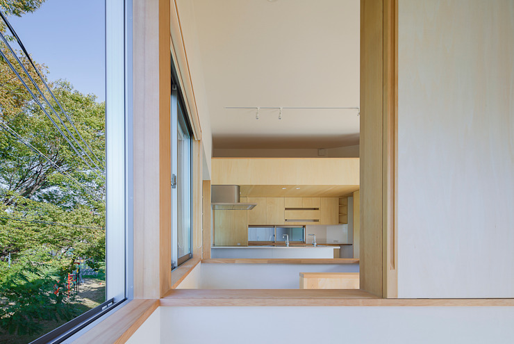 小笠原建築研究室 Modern Windows and Doors Solid Wood White