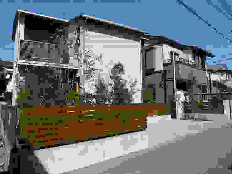 有限会社 アンドウ・アトリエ Eclectic style houses