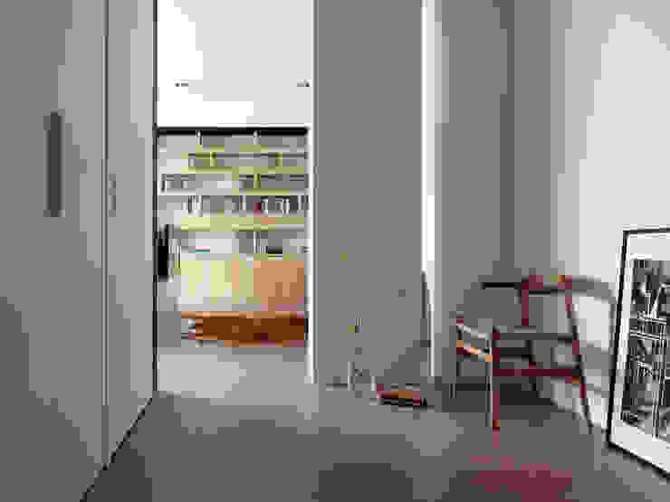 Phòng ngủ phong cách hiện đại bởi 夏沐森山設計整合 Hiện đại